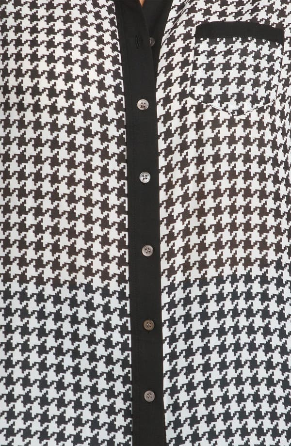 Alternate Image 3  - Vince Camuto Contrast Trim Houndstooth Blouse (Plus)