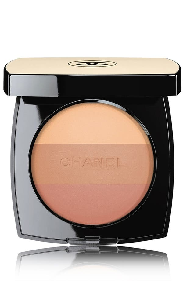 Alternate Image 1 Selected - CHANEL LES BEIGES  Healthy Glow Multicolor Broad Spectrum SPF 15 Sunscreen