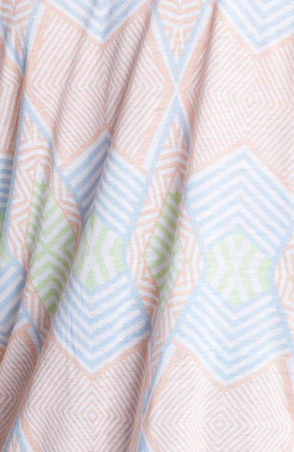 Alternate Image 3  - Painted Threads Print Tee (Juniors)
