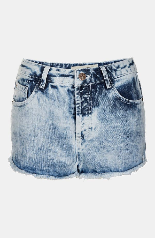 Main Image - Topshop Moto 'Acid Holly' Denim Hot Pants (Petite)