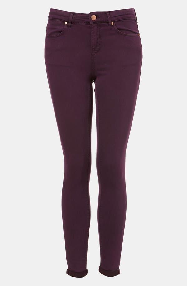 Main Image - Topshop Moto 'Leigh' Skinny Jeans (Bordeaux)