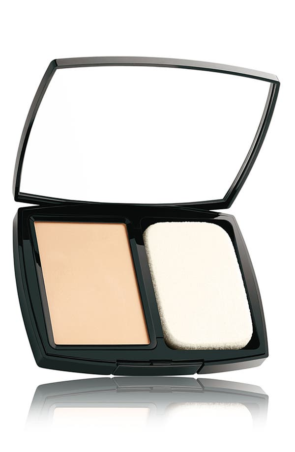 Alternate Image 1 Selected - CHANEL DOUBLE PERFECTION COMPACT NATURAL MATTE POWDER MAKEUP SPF 10