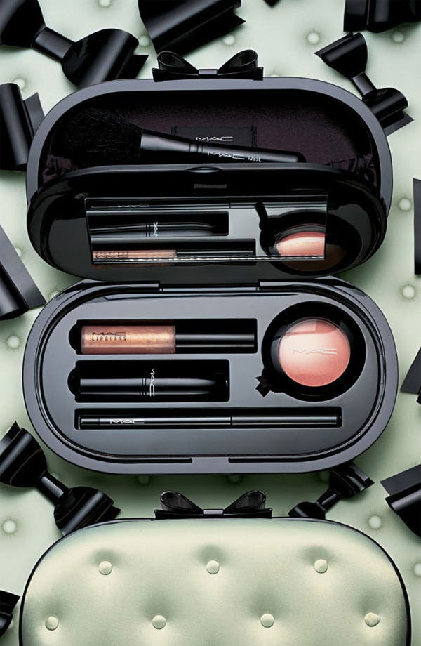 Alternate Image 2  - M·A·C 'Sinfully Chic' Face Kit (Nordstrom Exclusive)