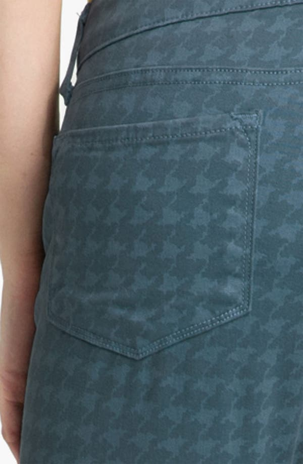 Alternate Image 4  - Blue Essence Houndstooth Twill Jeans (Plus)