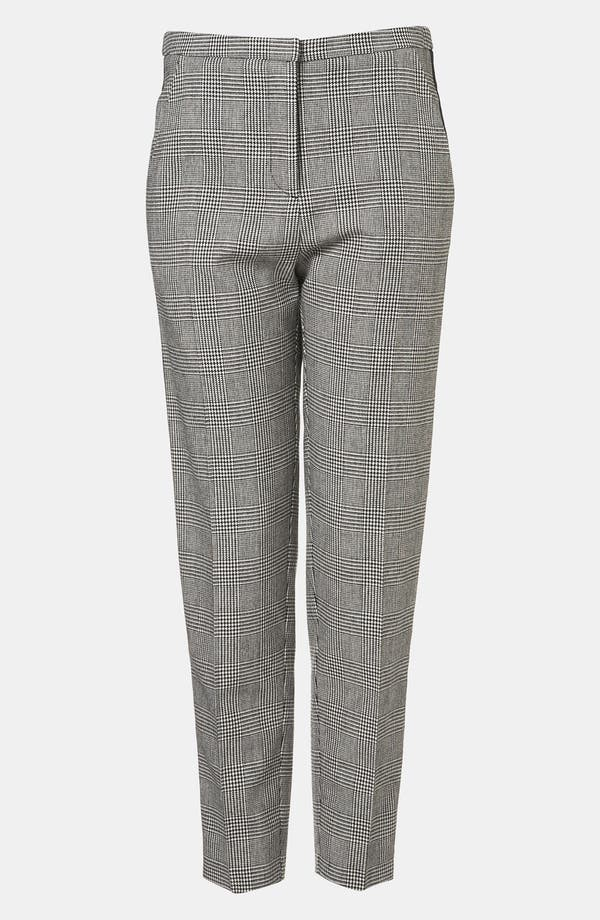 Main Image - Topshop Houndstooth Plaid Tapered Pants