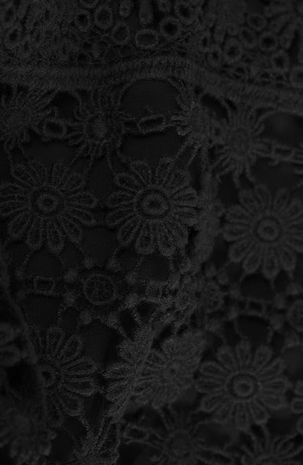 Alternate Image 3  - Topshop Daisy Crochet Tank