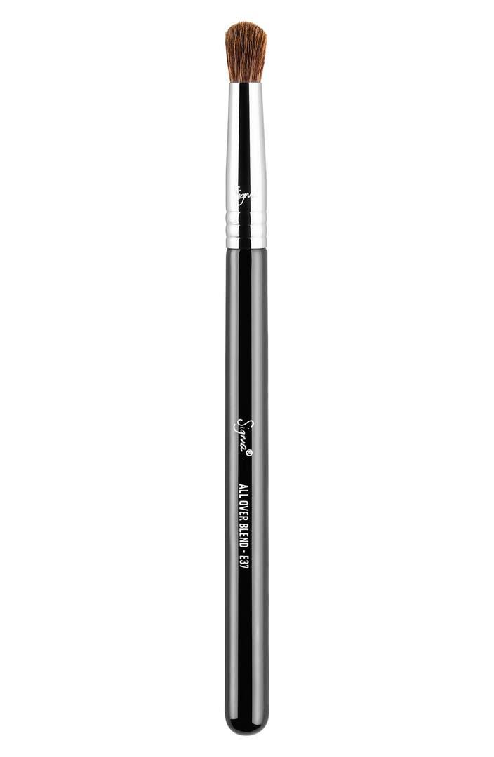Makeup Tools: Makeup Brushes, Tools, Applicators