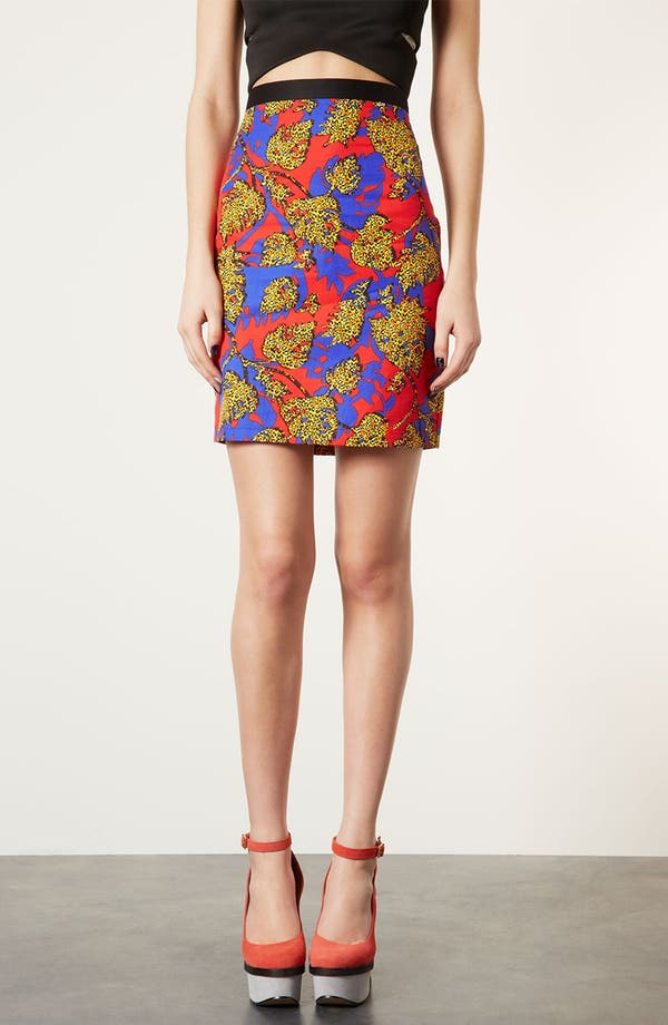 Main Image - Topshop Leopard Leaf Print Pencil Skirt