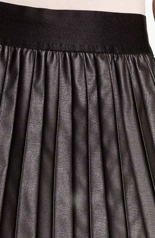 Alternate Image 3  - Hinge® Faux Leather Pintuck Skirt