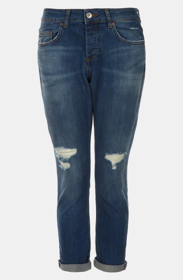 Main Image - Topshop Moto 'Lacey' Boyfriend Jeans (Midstone) (Petite)