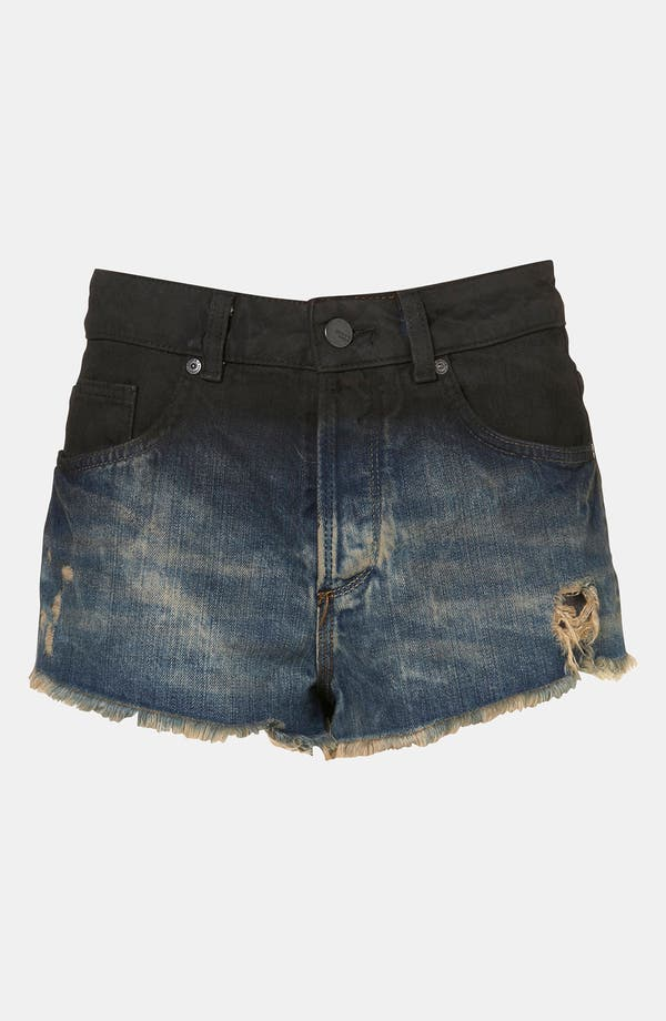 Main Image - Topshop Moto 'Ruthie' Die Dyed Denim Shorts