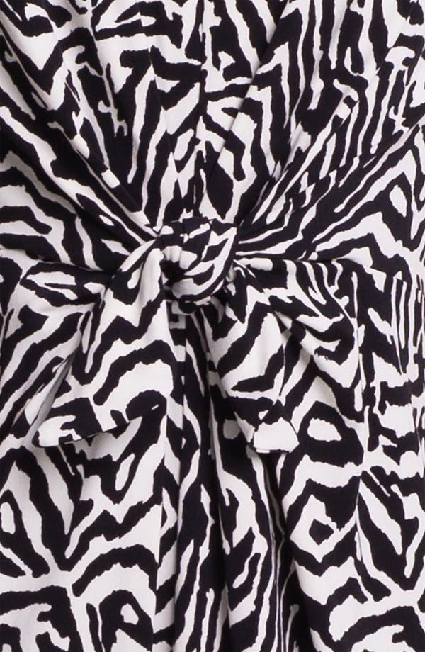 Alternate Image 3  - Vince Camuto Tie Front Print Dress