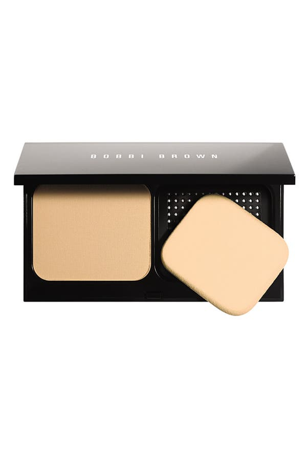 Alternate Image 1 Selected - Bobbi Brown 'Illuminating Finish' Powder Compact Foundation