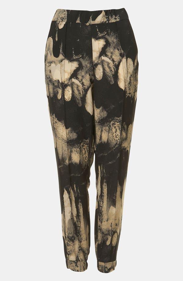 Alternate Image 1 Selected - Topshop Print Tapered Pants