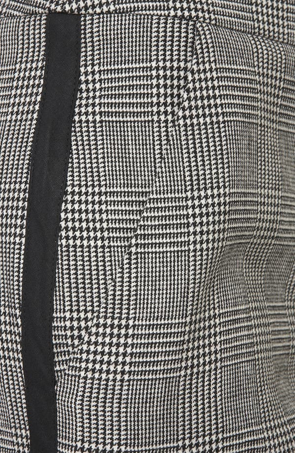 Alternate Image 3  - Topshop Houndstooth Plaid Tapered Pants