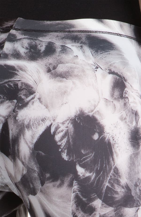 Alternate Image 3  - McQ by Alexander McQueen Orchid Print Leggings