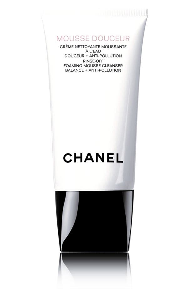 Main Image - CHANEL MOUSSE DOUCEUR  Rinse-Off Foaming Mousse Cleanser Balance + Anti-Pollution