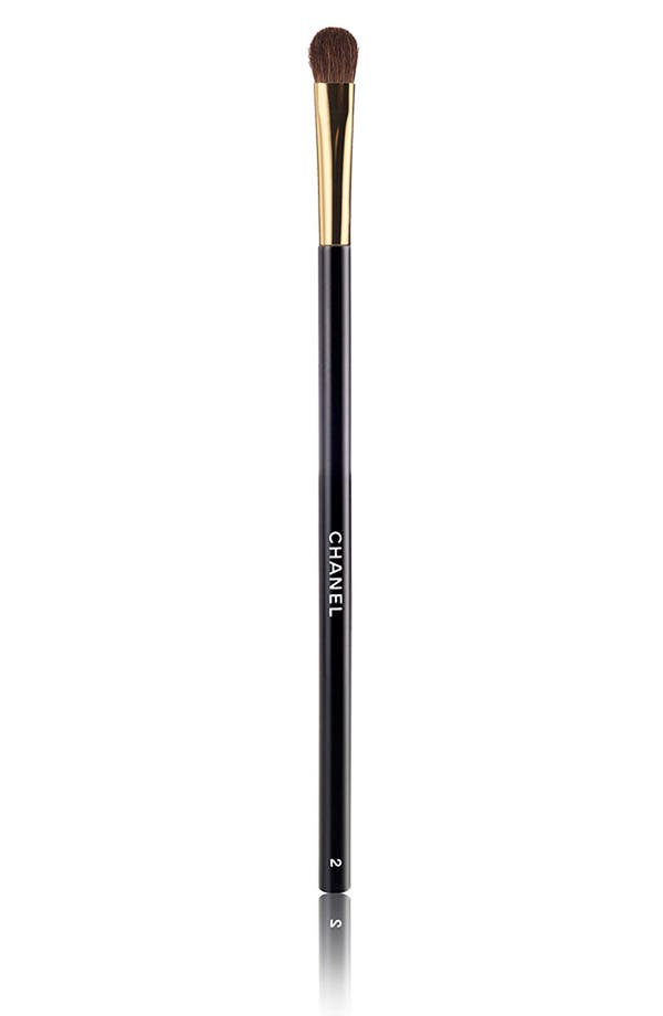 Alternate Image 1 Selected - CHANEL LE PINCEAU OMBRE #2 EYE SHADOW BRUSH