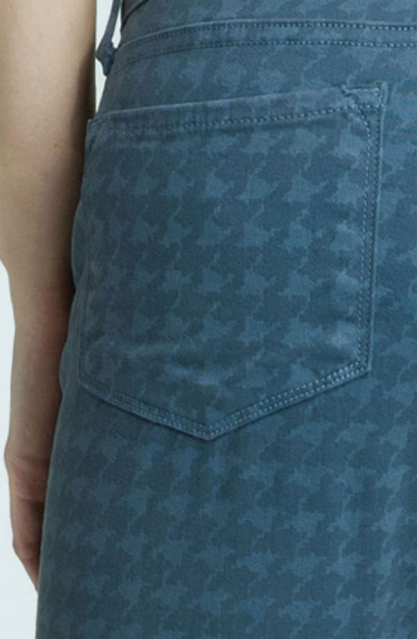 Alternate Image 3  - Blue Essence Houndstooth Twill Ankle Jeans (Petite)