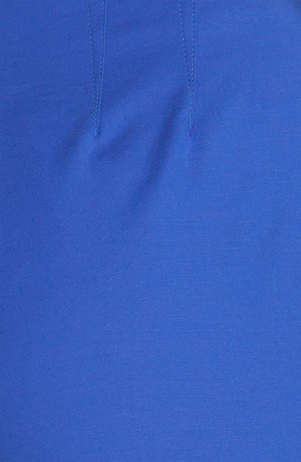 Alternate Image 5  - St. John Yellow Label 'Audrey' Double Weave Stretch Cotton Capri Pants