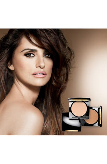 Alternate Image 2  - Lancôme Dual Finish Multi-Tasking Powder Foundation