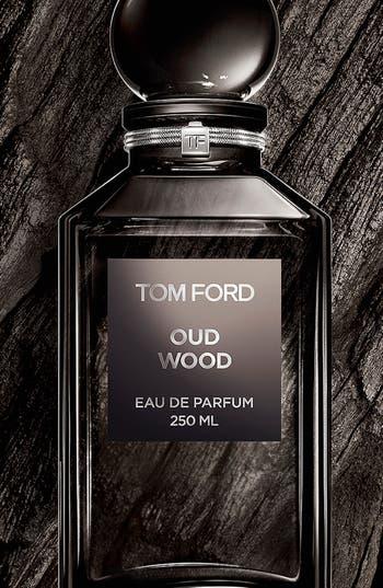 Alternate Image 2  - Tom Ford Private Blend Oud Wood Eau de Parfum Decanter