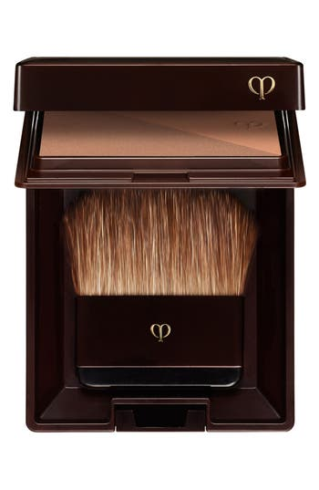 Alternate Image 2  - Clé de Peau Beauté Bronzing Powder Duo