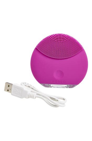 Alternate Image 2  - FOREO LUNA™ mini Compact Facial Cleansing Device