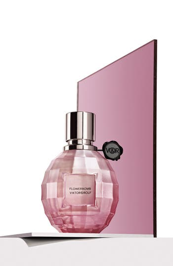 Alternate Image 3  - Viktor&Rolf 'Flowerbomb La Vie en Rose' Eau de Toilette Spray (Limited Edition)