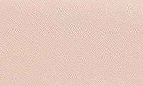 Pale Apricot swatch image