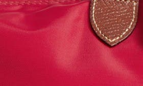 Red Garant swatch image