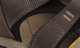 Black Olive/ Brindle swatch image