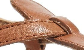 Saddle Leather swatch image