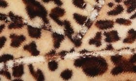 Leopard Velvet swatch image