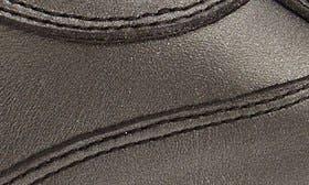 Dark Grey Pearl Calfskin swatch image