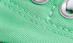 Green Glow/ White swatch image