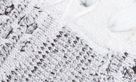 White/ White/ Black swatch image