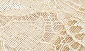 Latte Lace swatch image