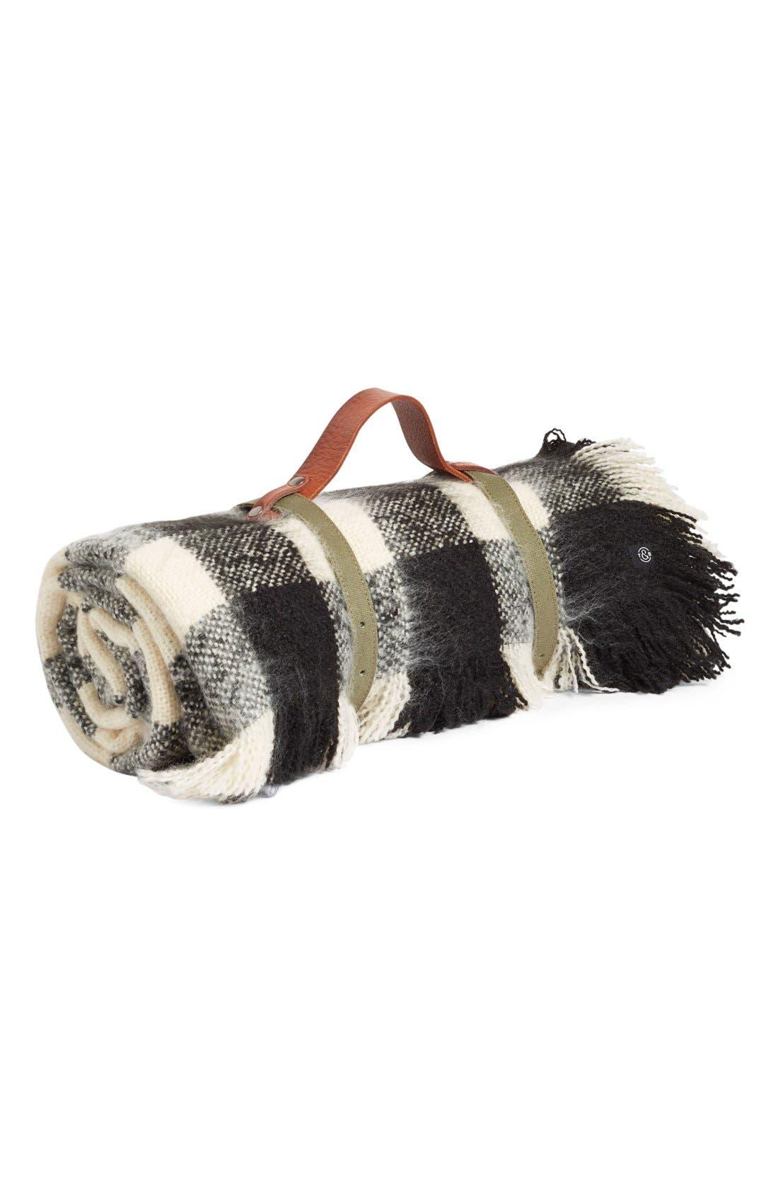 Alternate Image 6  - Treasure&Bond Buffalo Check Blanket Wrap