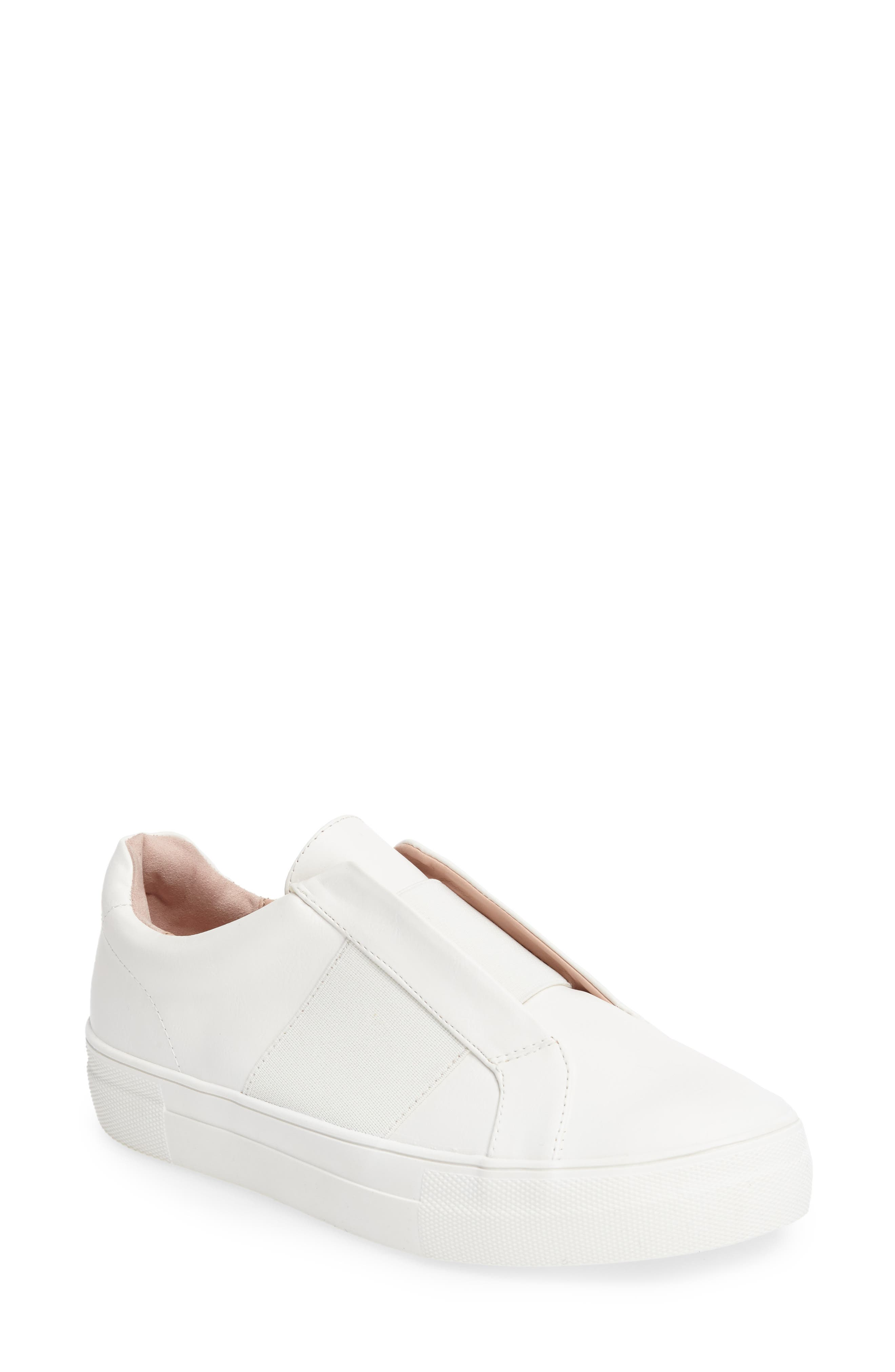 TOPSHOP Tangle Trainer Sneaker