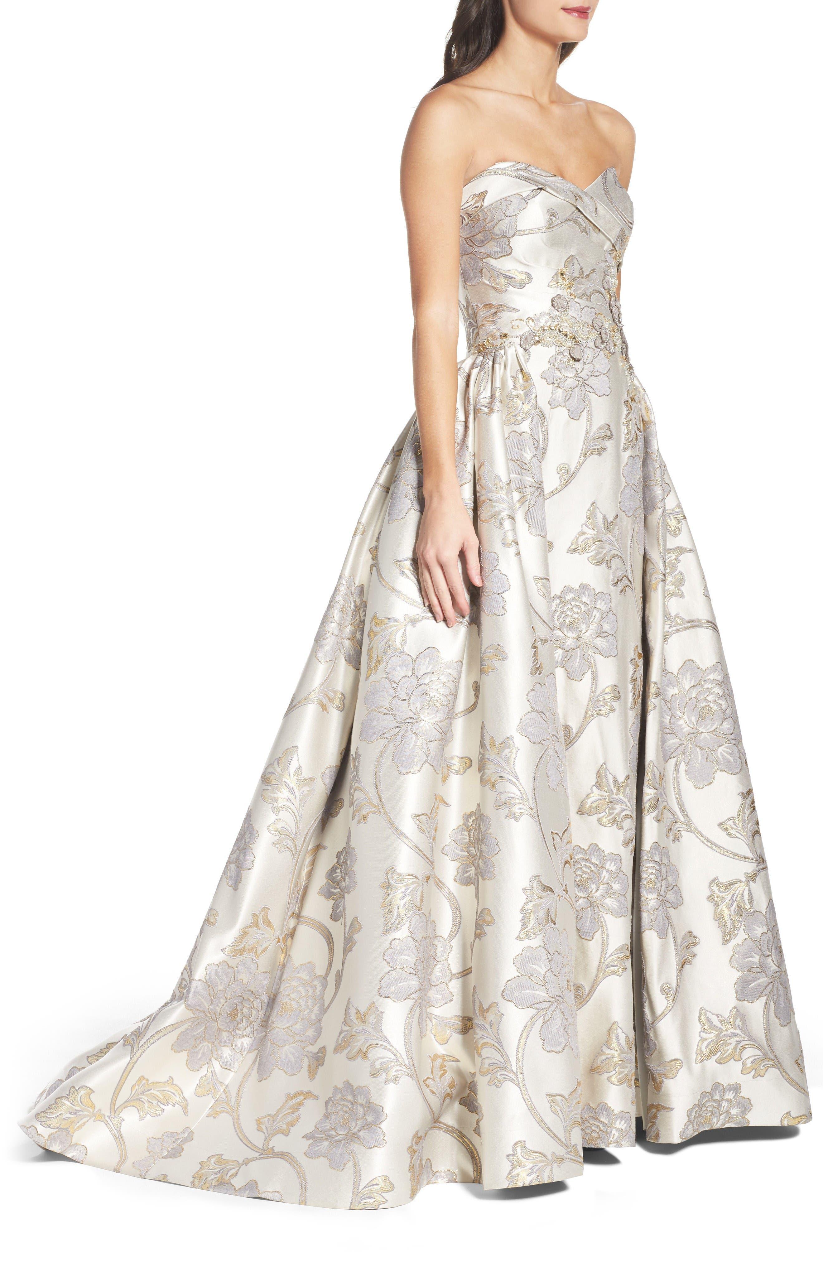 Alternate Image 3  - Mac Duggal Metallic Brocade Gown