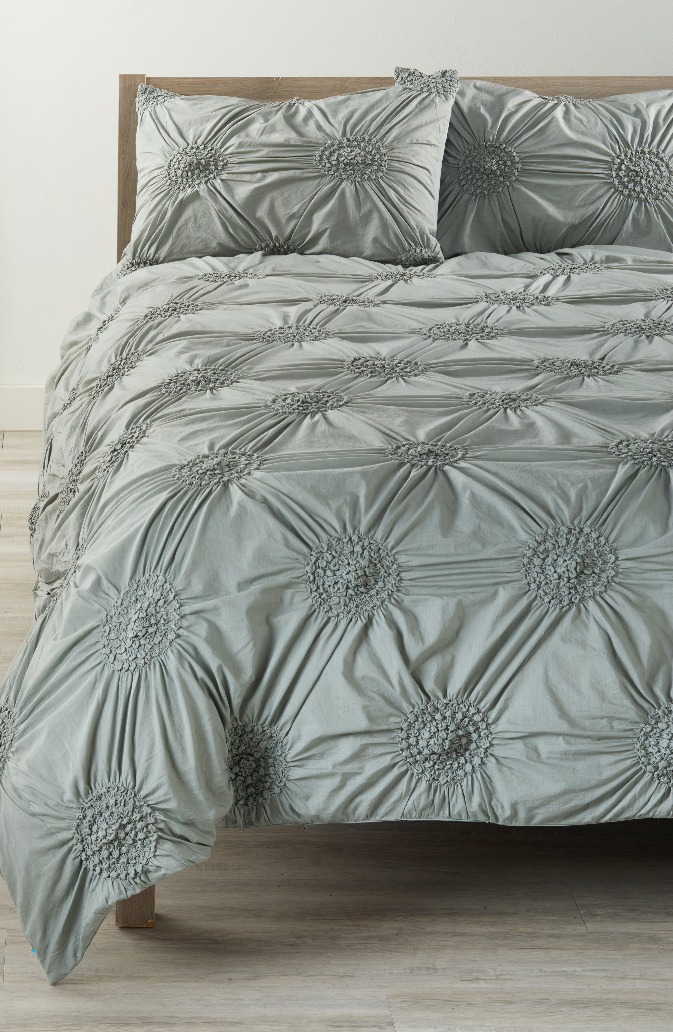 linen discount department studio a sets tahari max goods of quilt bag queen bed stores full marshalls size home set bedding store bathroom sheets in comforter