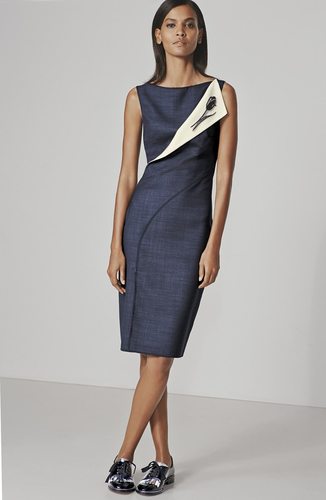 Alternate Image 4  - Oscar de la Renta Folded Double-Face Wool Blend Pencil Dress