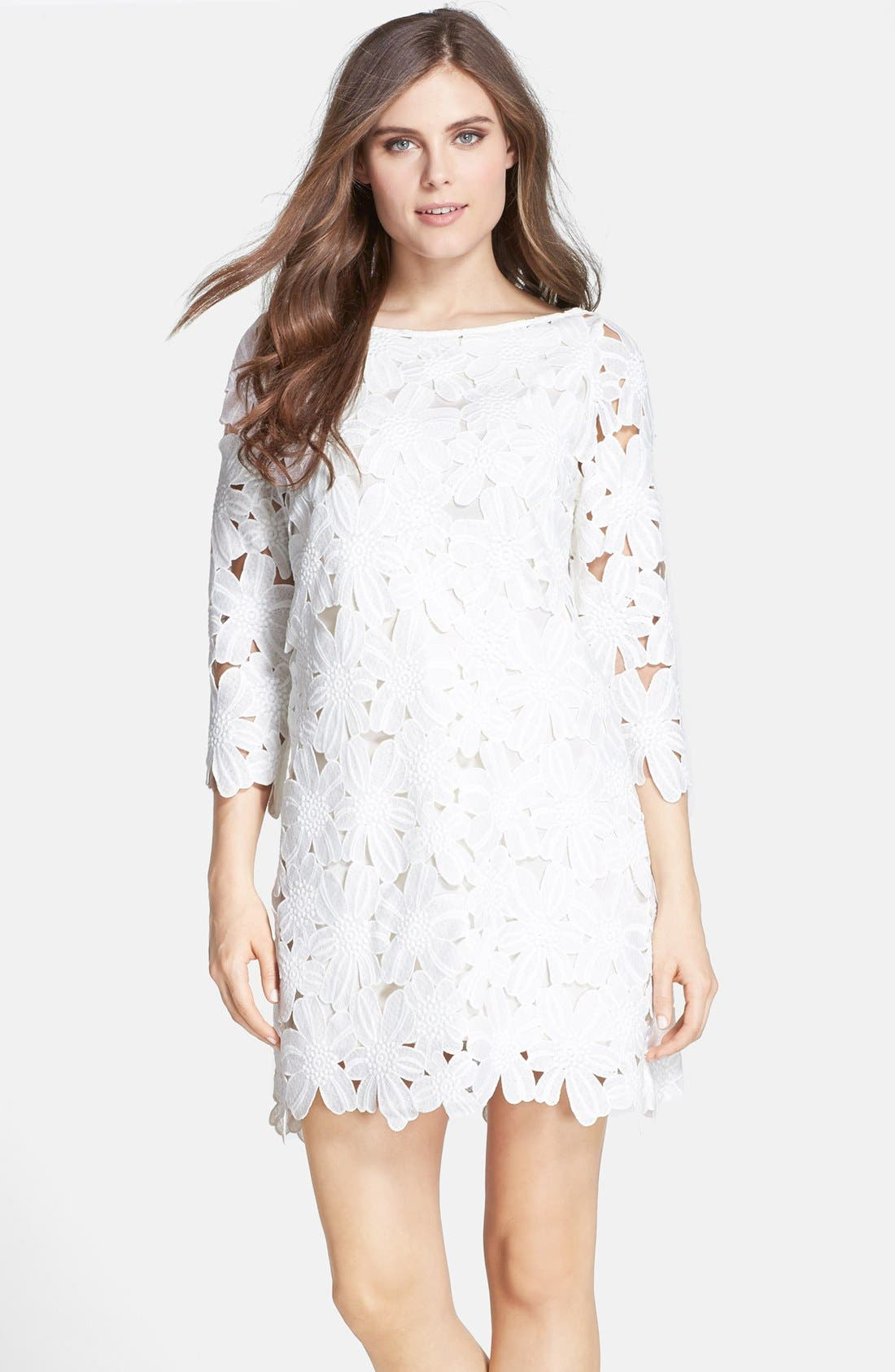 FELICITY & COCO Floral Lace Shift Dress