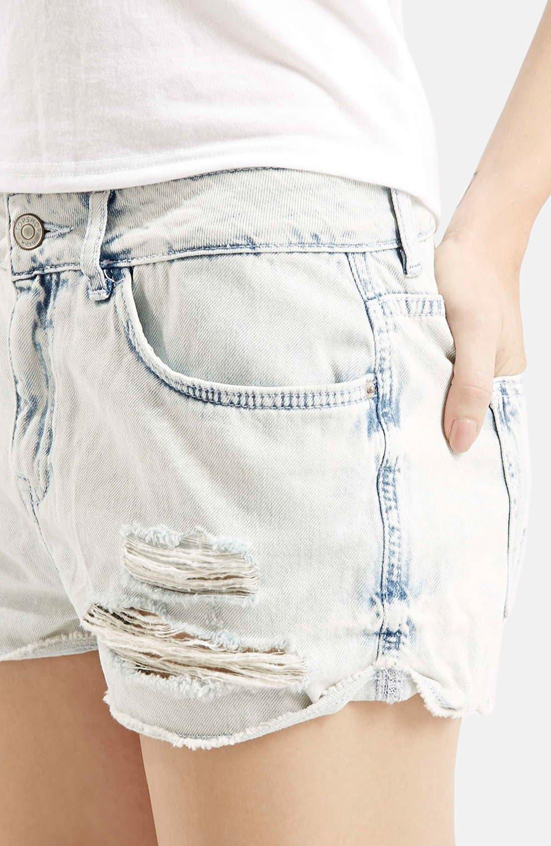 Alternate Image 4  - Topshop Moto 'Hallie' Bleach Cutoff Shorts (Light Denim) (Petite)