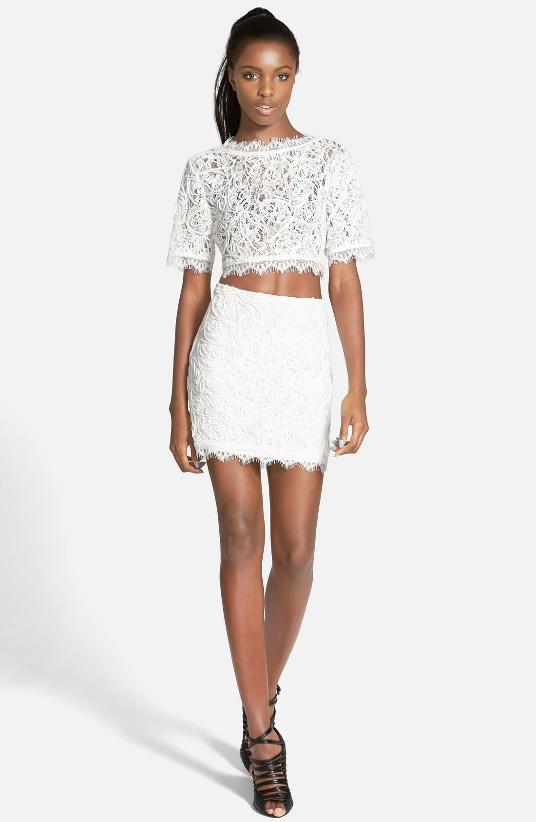 Alternate Image 2  - Leith Lace Crop Top