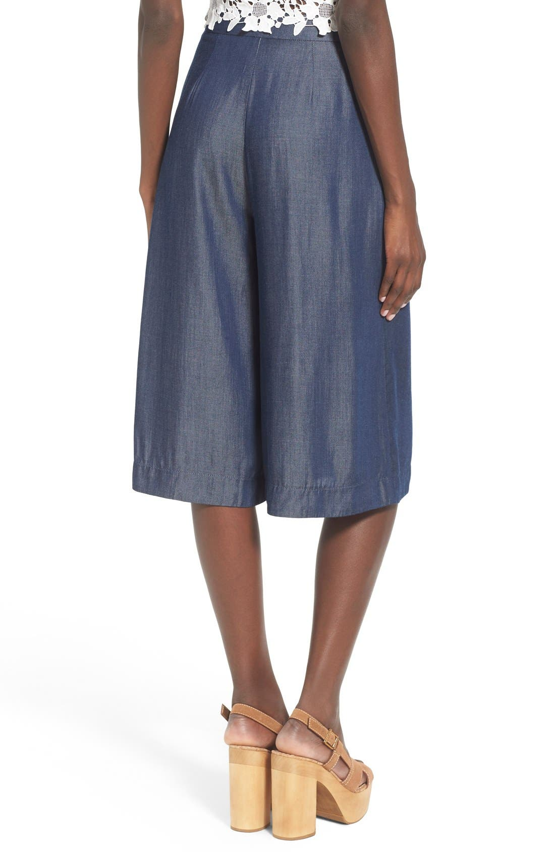 Alternate Image 2  - ASTR 'Ashley' Chambray Culottes
