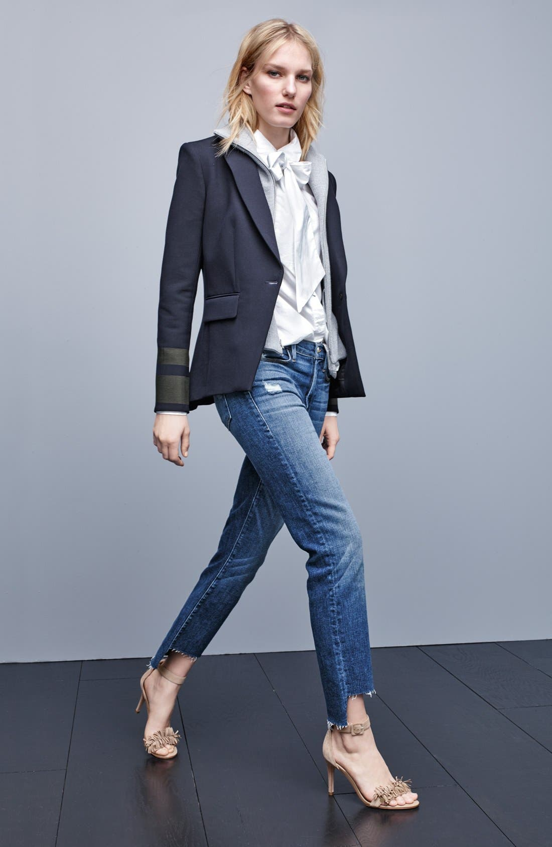 Alternate Image 7  - FRAME 'Le High Straight' High Rise Staggered Hem Jeans (Carroll) (Nordstrom Exclusive)