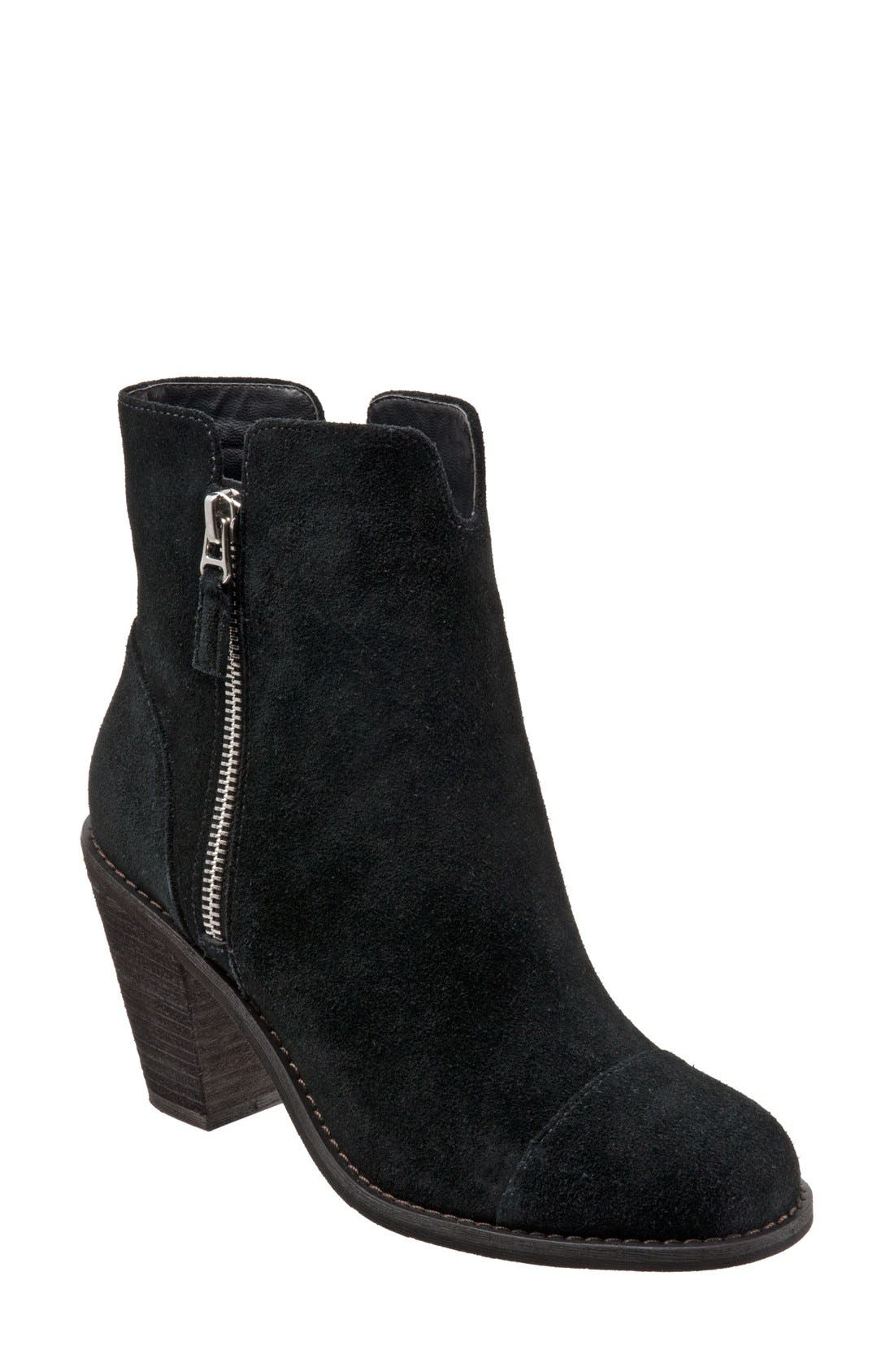 SoftWalk® 'Fairhill' Bootie (Women)