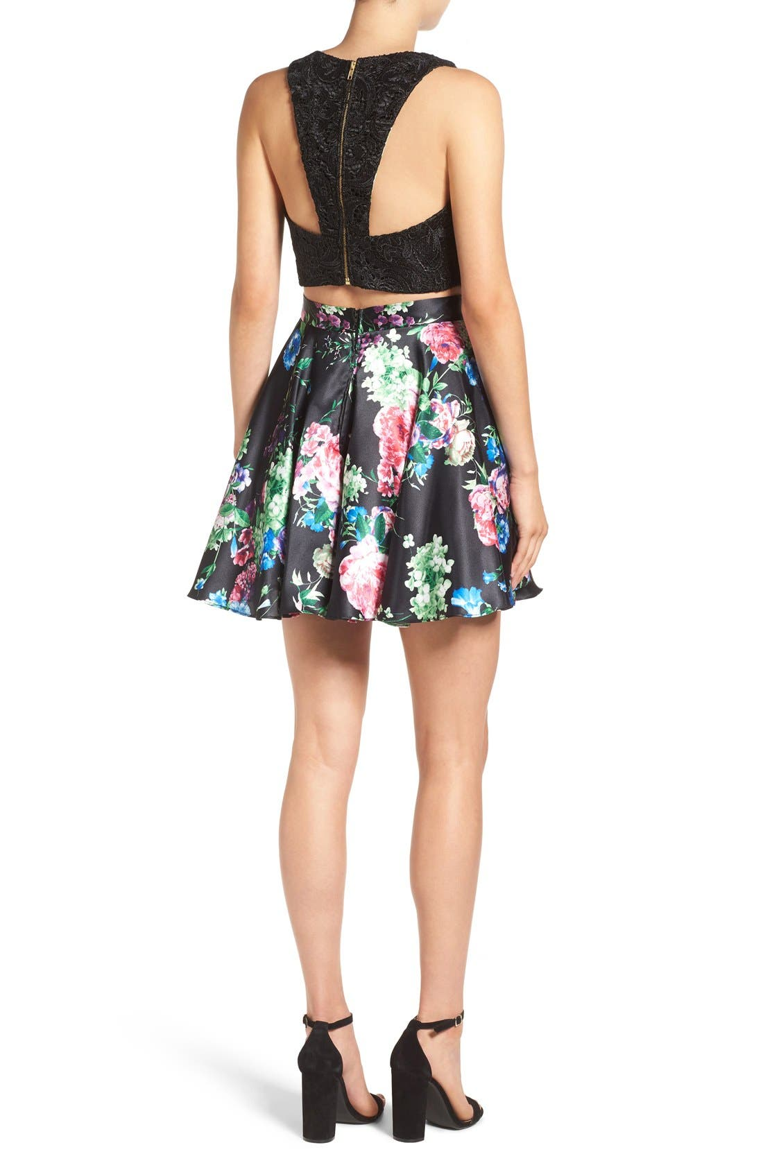 Alternate Image 2  - Steppin Out Lace & Floral Two-Piece Dress